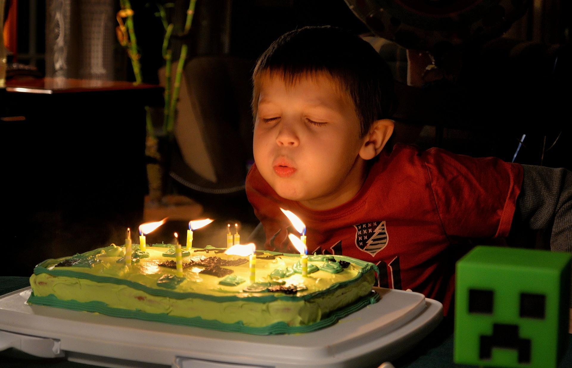 Tolle Geburtstagsfeier mit Minecraft-Motto