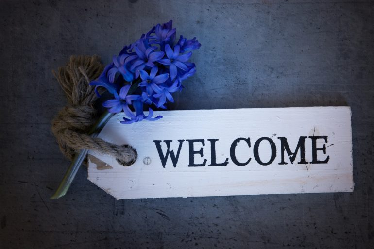 Einladung mit einem Willkommen